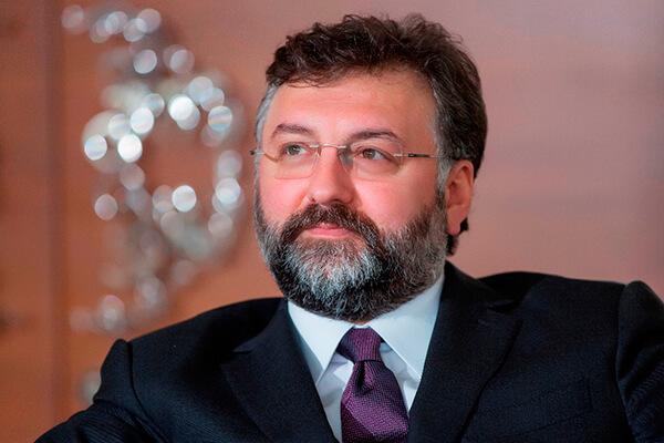 Sur Yapı Yönetim Kurulu Başkanı Altan Elmas