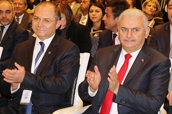 Türkiye Bilişim Derneği (TBD) Başkanı İlker Tabak, Başbakan Binali Yıldırım