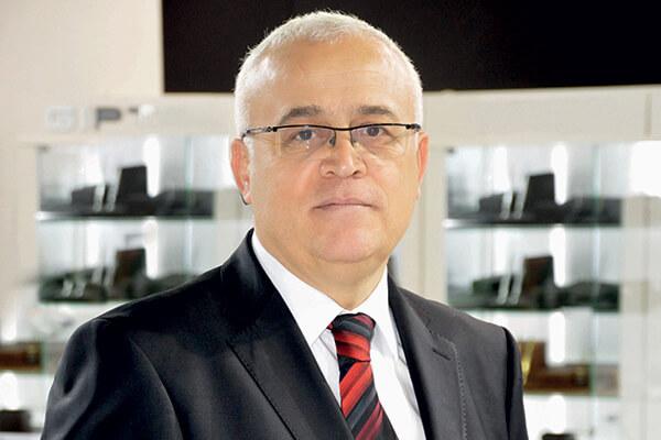 Tüm Kırtasiyeciler Derneği (TÜKİD) Başkanı Vecdet F. Şendil