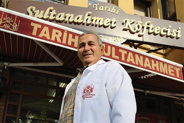 Sultanahmet Köftecisi Yönetim Kurulu Onursal Başkanı Mehmet Tezçakın