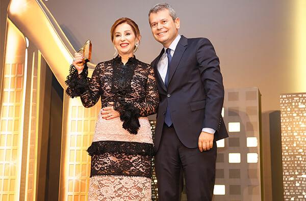 1K Kimya Kurucusu Sevginar Baştekin 2017 yılı Türkiye'nin Kadın Girişimcisi seçildi.