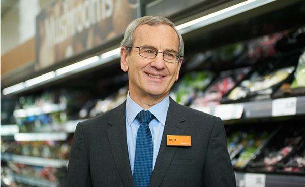 Sainsbury'nin Yeni Yönetim Kurulu Başkanı olan Martin Scicluna.