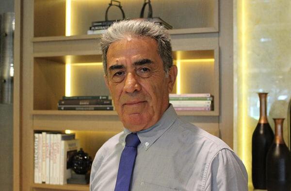 Lefke Avrupa Üniversitesi Öğretim Üyesi Prof. Dr. Aziz Ekşi