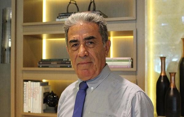 Prof. Dr. Aziz Ekşi