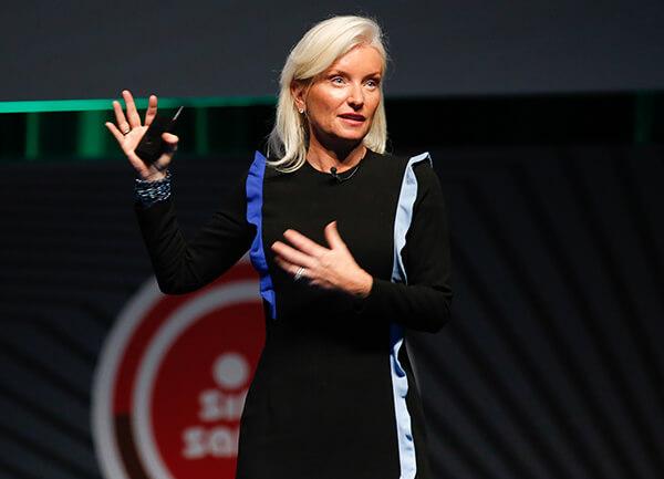 Facebook Küresel Pazarlama Çözümleri Kıdemli Başkan Yardımcısı Carolyn Everson
