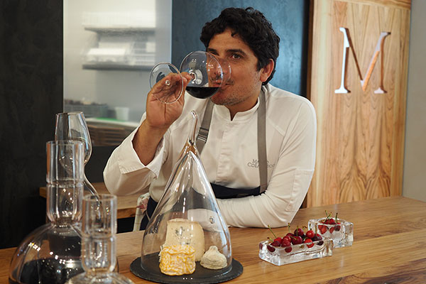 Mirazur Restoran'ın Şefi Mauro Colagreco.