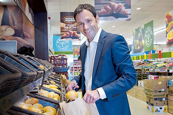 Lidl İngiltere Eski CEO'su, Heunadel Retail Advisory Yöneticisi Ronny Gottschlich ile discount pazarını ve Türkiye perakende pazarını konuştuk.